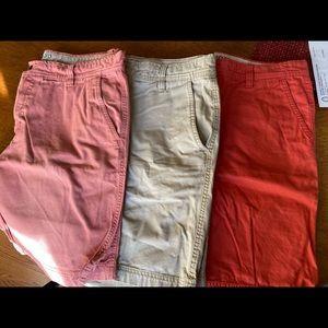 Izod Saltwater brand size 36 some never worn